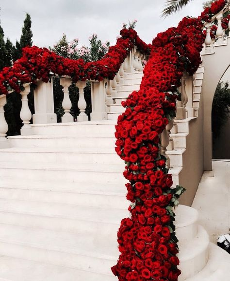Stunning floral wedding staircase decor with red roses Wedding Goals, Wedding Themes, Wedding Venues, Wedding Planning, Wedding Day, Wedding Dresses, Floral Wedding, Wedding Bride, Red Wedding Decorations