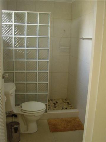 Small Walk In Showers Bing Images Bathrooms Pinterest Modelos De Lavabo Decoracao Banheiro Pequeno Banheiro De Tijolo