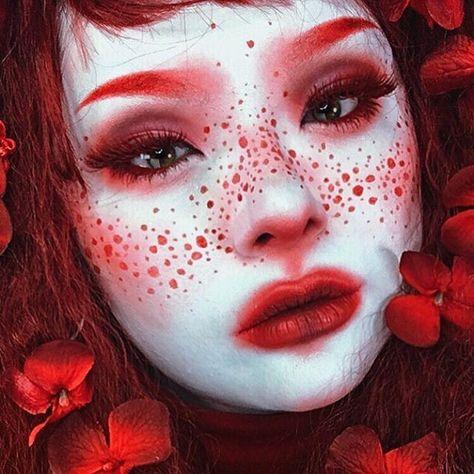 10 Spooky Makeup Looks for the Halloween Fanatic Drag Makeup, Goth Makeup, Sfx Makeup, Cosplay Makeup, Costume Makeup, Makeup Inspo, Makeup Art, Makeup Inspiration, Harajuku Makeup