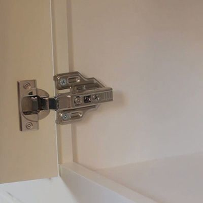 How To Replace Cabinet Hinges In 2020 Hinges For Cabinets Cabinet Hinges Hinges