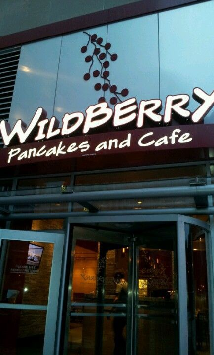 Wildberry Pancakes Cafe My Favorite Pancakes And Breakfast