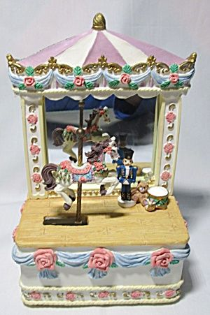 Music Box Big Top Circus W Carousel Horse Image1 Carousel Horses Music Box Antiques