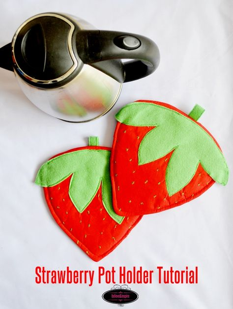How to Sew Strawberry Pot Holders on believeninspire.com