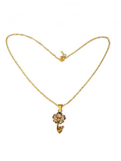 سلسله ذهب عيار 21 سلسلة ذهب بتعليقة شكل وردة ليزر عيار 21 خصم 20 على المصنعية Flawer Jewelry Jewelrymaking Love Women Ring Gold Gold Necklace Jewelry