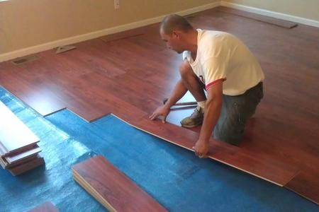 Looking For Laminate Floor Installation Mccarran Handyman Services Specializes In Laminate Wood Floor Installation Laying Laminate Flooring Laminate Flooring