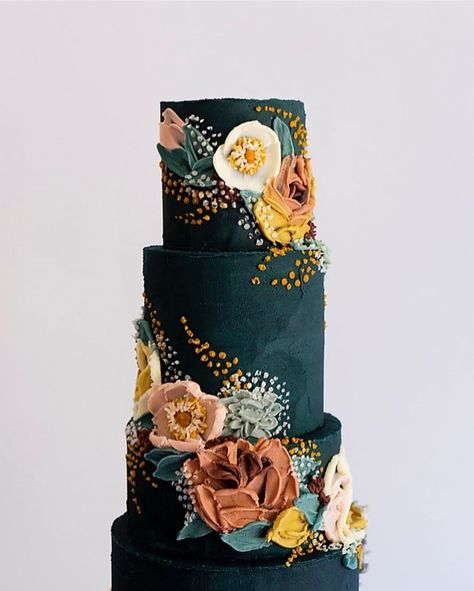 6 Wedding Cake Trends in 2020 Beautiful Wedding Cakes, Gorgeous Cakes, Pretty Cakes, Amazing Cakes, Cupcake Cakes, Cupcakes, Painted Cakes, Floral Cake, Piece Of Cakes