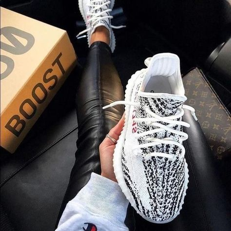 ZebraYeezy Boost 350 ZebraBoost 350 ZebraYeezy Boost 350 Zebra Yeezy boost 350 size y Yeezys Boost 350 Semi Frozen Yeezy Shoes Moda Sneakers, Yeezy Sneakers, Yeezy Trainers, Women's Shoes Sneakers, Yeezy 350 Shoes, Baby Sneakers, Women's Sneakers, White Sneakers, Yeezy Outfit