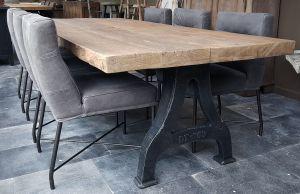 Industrial Design Tisch Mit Rustikal Eiche Tischplatte