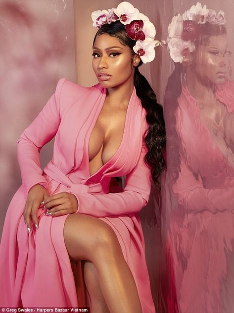 Nicki Minaj Stuns In Stello Pleiadian Gown For Harper's Bazaar Vietnam. Nicki Minaj Fotos, Nicki Minaj Barbie, Nicki Minaj Makeup, Nicki Minaj Drawing, Nicki Minaj Fashion, Nicki Minaj Outfits, Nicki Minaj Wallpaper, Bad Girl Aesthetic, Pink Aesthetic