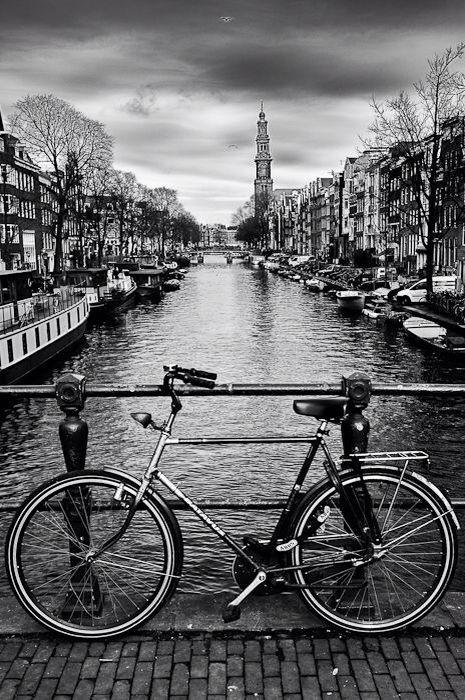 Amsterdam E Tao Linda Que Mesmo Sem As Cores A Gente Ainda Olha As