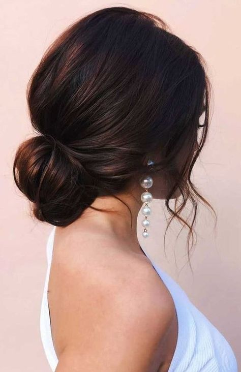 Beach Wedding Hair, Vintage Wedding Hair, Wedding Hair And Makeup, Wedding Updo, Bridal Hair, Hair Makeup, Bridal Gown, Wedding Ceremony, Wedding Hairstyles For Long Hair