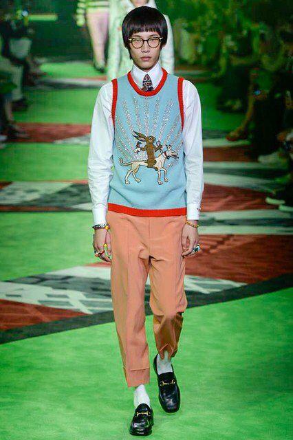 ff62eed1c47 Gucci Spring 2017 Menswear Fashion Show