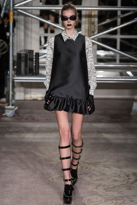 Moschino Cheap And Chic Fall 2013 Ready-to-Wear Collection Photos - Vogue
