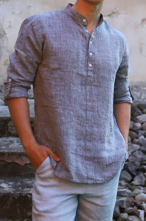 Men line shorts Tomas/ Men Sky blue linen shorts / Men melange light blue linen shorts / Men handmade shorts with wooden buttons - Men's style, accessories, mens fashion trends 2020 Stylish Men, Men Casual, Casual Ootd, Cool Shirts For Men, Gents Kurta, Mens Kurta Designs, Indian Men Fashion, Mens Fashion, Fashion Trends