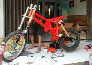 Gambar Modifikasi Bodi Bebek Modif Motor Trail Cr Bicycle