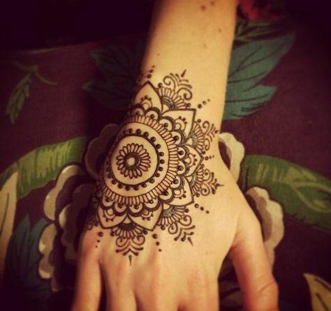 ▷ 1001+ ideas de tatuajes de henna temporal para mujeres