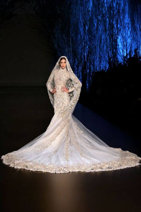 From the intricate stitching to the unbelievable weight, up close with Ralph & Russo's couture wedding gown