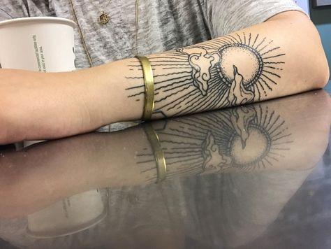 My new sun tattoo, by Rachel Robinson at Tattoo Temple in New Orleans, LA. : tat… My new sun tattoo, by Rachel Robinson at Tattoo Temple in New Orleans, LA. Future Tattoos, New Tattoos, Body Art Tattoos, Small Tattoos, Cool Tattoos, Modern Tattoos, Stomach Tattoos, Quote Tattoos, Weird Tattoos