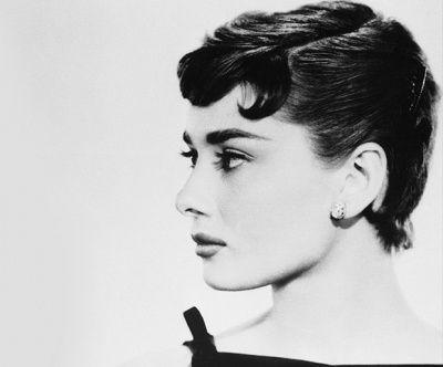 Audrey Hepburn S Best Hair Moments Audrey Hepburn Hair Vintage Short Hair Short Hair Styles
