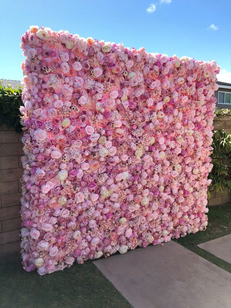 Blush Pink Flower Wall Backdrop - Blush Pink Flower Wall Backdrop perfect for your Bridal Shower, Baby Shower, Wedding or any event! Flower Wall Backdrop, Wall Backdrops, Pink Backdrop, Backdrop Ideas, Wedding Flower Backdrop, Bridal Shower Backdrop, Balloon Backdrop, Photo Backdrops, Flower Wall Decor