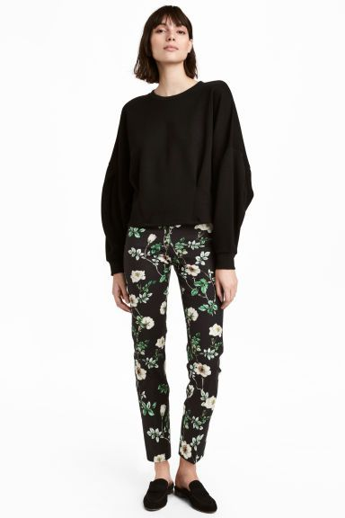 Spodnie Cygaretki Czarny Kwiaty Ona H M Pl Fashion Fashion Clothes Women Clothes