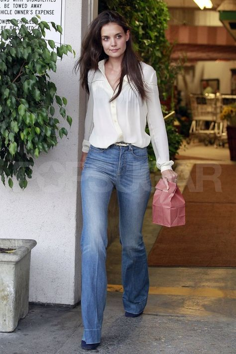 Katie Holmes Shops in LA Ahead of Her Emmys Appearance!