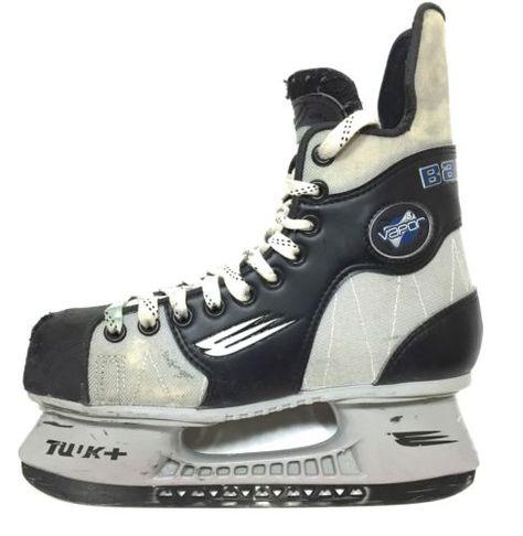 cc09e1e03f0 Bauer Vapor 8 Ice Hockey Skates Youth Size 4.5