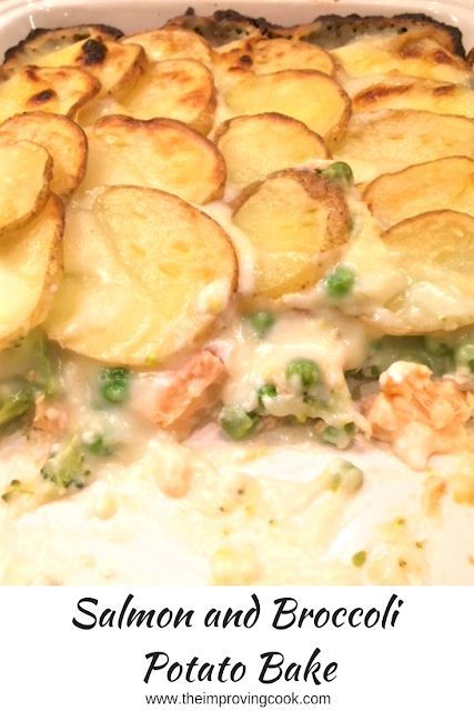 Salmon and Broccoli Potato Bake- salmon with green veg in a cheese sauce and topped off with sliced potatoes. Comfort food for cold evenings, perfect all-in one dish, nothing required on the side. #salmon #familymeals #fishrecipes #healthyfood