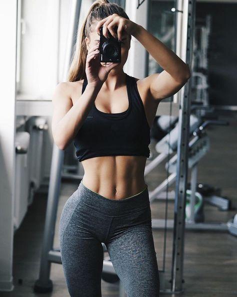 New sport fitness girl motivation Ideas Sport Motivation, Fitness Motivation, Fitness Goals, Hot Body Motivation, Motivation Quotes, Musa Fitness, Body Fitness, Health Fitness, Gym Fitness