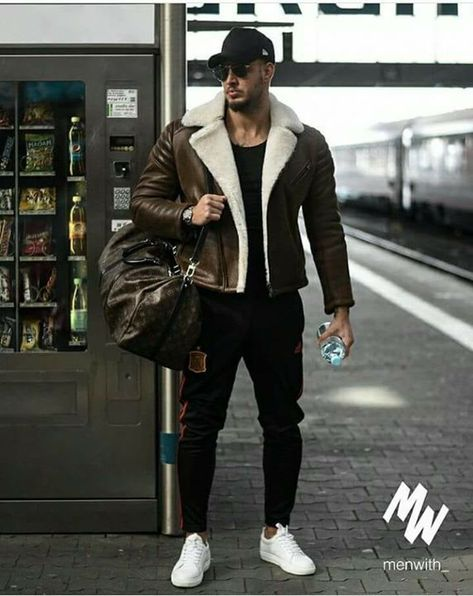 100 amazing street styles for the bold and handsome men page 39 > homemytri com is part of Sneakers men fashion -
