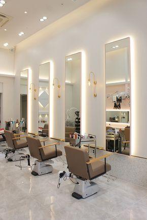 Salon De Coiffure 12 Pyeong Petit Salon De Beaute Interieur De Salon De Be En 2020 Interieur De Salon Mobilier Salon De Coiffure Interieur De Salon De Coiffure