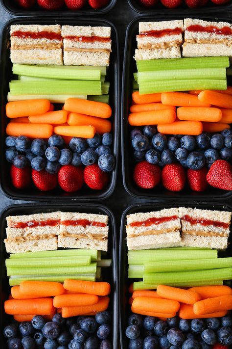 Copycat Starbucks PB&J Bistro Box - Save money and. - Copycat Starbucks PB&J Bistro Box – Save money and make your own meal prep boxes with everyone's favorite peanut butter and jelly whole wheat sandwiches! Source by krystlebramwell Lunch Snacks, Clean Eating Snacks, Lunch Recipes, Healthy Eating, Healthy Recipes, Snack Boxes Healthy, Healthy Lunches For School, Meal Prep Recipes, Vegan Snack Box