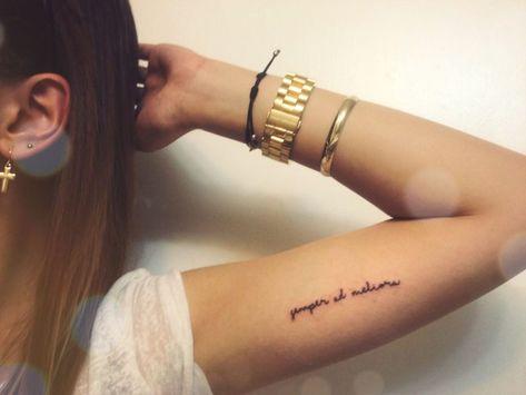 Tattoo oberarm innenseite sprüche
