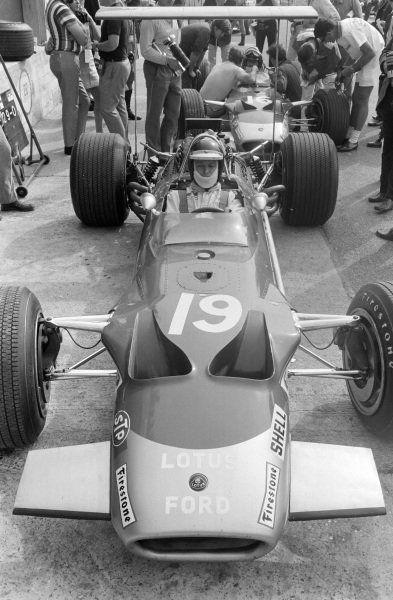 Jackie Oliver Lotus 49b Ford Ford Racing Racing Classic Racing