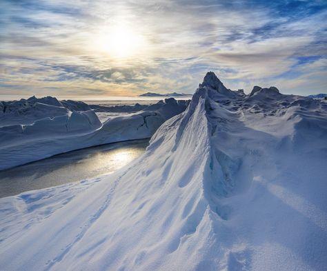 Amazing scenes here in Antarctica! #AntarcticaNZ - Photo from #treyratcliff Trey Ratcliff at http://www.StuckInCustoms.com