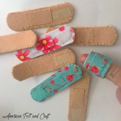 Save your bandaids for the real boo boos and craft up some soft reusable felt play bandages. Baby Crafts, Toddler Crafts, Toddler Activities, Diy For Kids, Crafts For Kids, Arts And Crafts, Craft Projects, Sewing Projects, Felt Projects