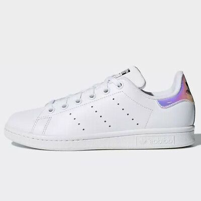 stan smith adidas dubai