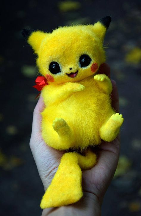 Pikachu from Pokemon. You can order any other Pokemon you like! Price may vary depending on size and difficulty. Please contact me for details. Approx 14 cm ( ~5,5) in sitting position. ATTENTION! This is made to order toy! I dont have this creature in stock right now! It will take