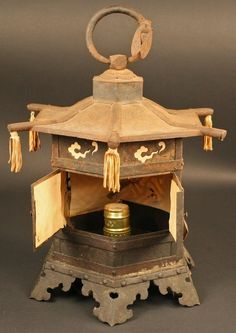 candle bronse floral Asian lantern