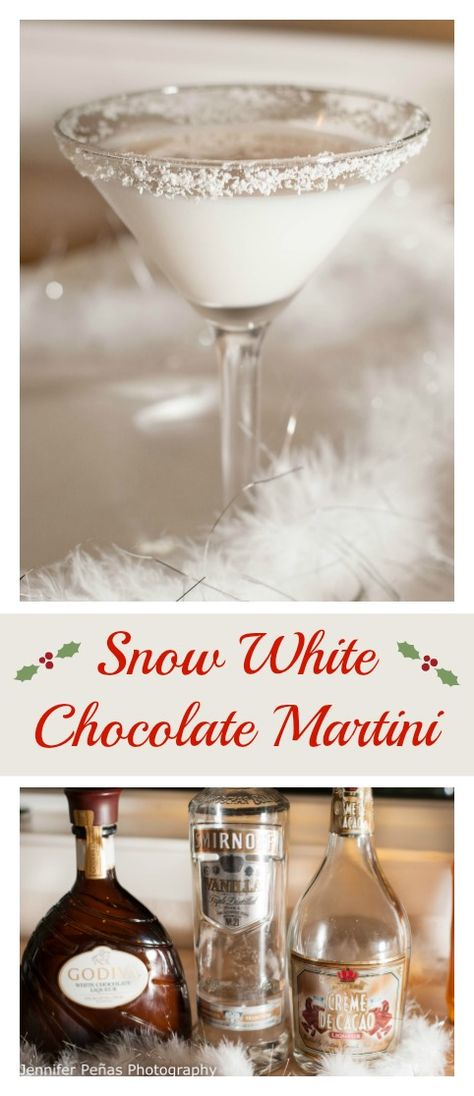 snow white chocolate martini, christmas cocktail, vanilla vodka, white creme de cacao, Godiva white chocolate liqueur Day 292 Snow White Chocolate Martini shots out of 5 Another week is underway. Only a day shy of 3 weeks left o. White Chocolate Liqueur, Chocolate Vodka, Chocolate Cocktails, White Chocolate Martini Recipe, White Christmas Martini Recipe, Vodka Martini, Cocktail Vodka, Martinis, Liquor Drinks