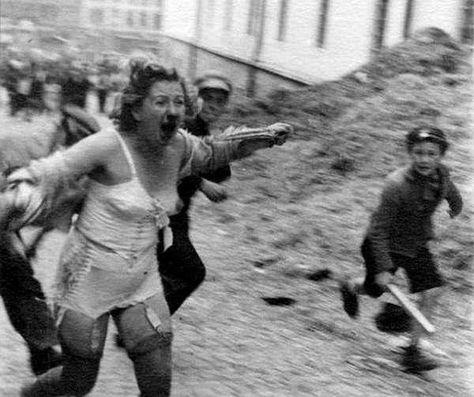 """Lviv (Ucrania) en 1941. Una mujer judio-polaca perseguida y apaleada por adolescentes ultranacionalistas vinculados al UPA (el Ejercito Insurgente Ucraniano) que colaboró con Adolf Hitler en el exterminio de judíos, rusos y polacos. El líder del UPA, Stepan Bandera, es un criminal de guerra. Hoy en las calles de Ucrania se exhiben sus fotografías y también la bandera roja y negra del UPA. Los neo nazis de Svoboda y """"Pravy Sektor"""" (seguidores del UPA) han recibido financiación de la UE y…"""