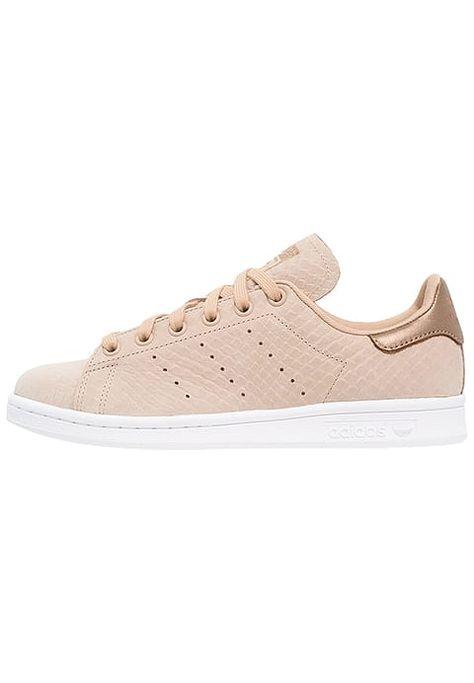 size 40 a6a77 870bd Chaussures adidas Originals STAN SMITH - Baskets basses - pale nude white  chair  95,00 € chez Zalando (au 13 11 16). Livraison et retours gratuits et  ...