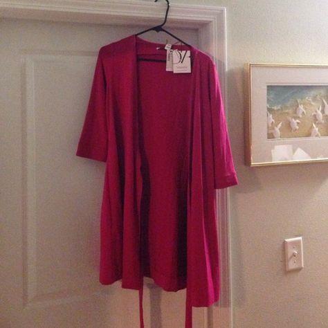 cada59cad9d7 DVF sz 10Julian Two Mini Wrap Dress in pink dahlia Diane Von Furstenburg new  with tags Julian Mini wrap dress in a size ten. Beautiful pink color.