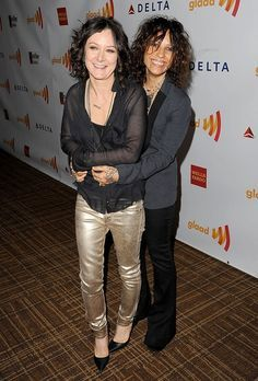 Sara Gilbert and her gf Linda Perry