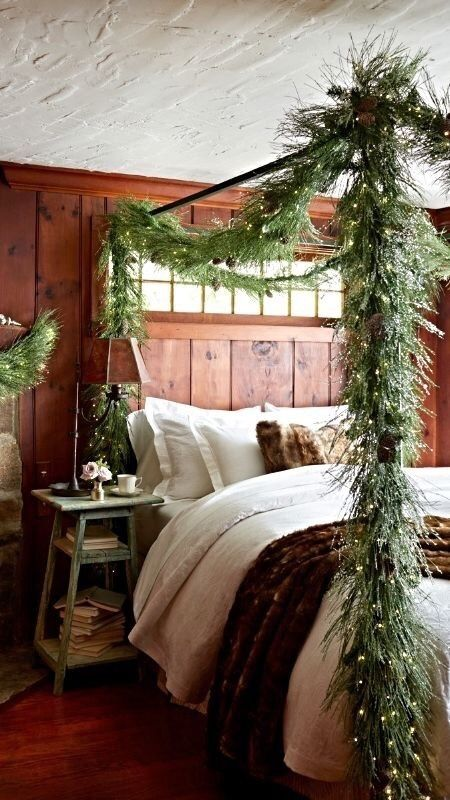 Don T Make Plans Christmas Decorations Bedroom Christmas Bedroom Cabin Christmas
