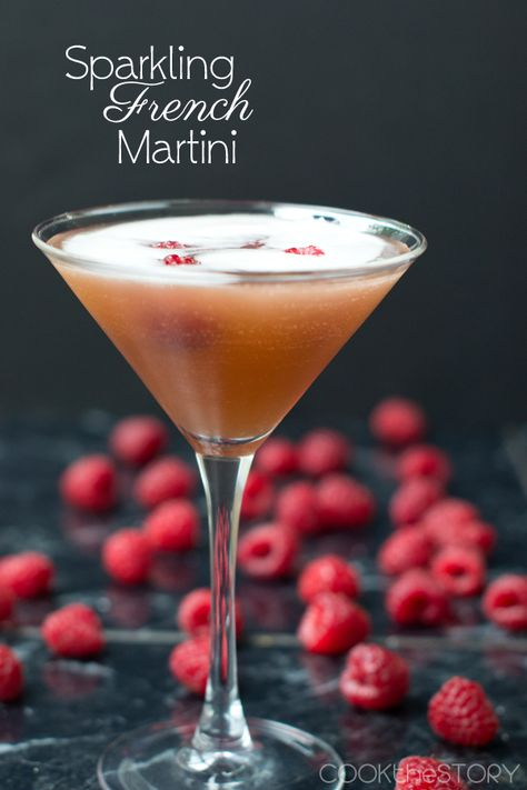 French Martini champagne cocktail - delish! Perfect for hen parties and wedding receptions - fizz + fruitiness!