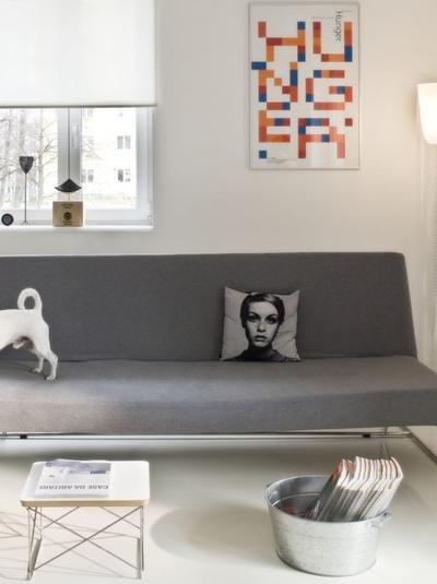 Nowoczesna Podloga Z Zywicy Zywica Epoksydowa Na Posadzce Zalety I Wlasciwosci Wideo Urzadzamy Pl Furniture Home Decor Home
