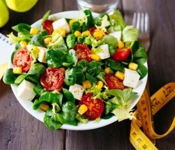 3 اكلات دايت للعشاء للحفاظ على وزن مثالي Mediterranean Recipes Healthy Eating Best Salad Recipes