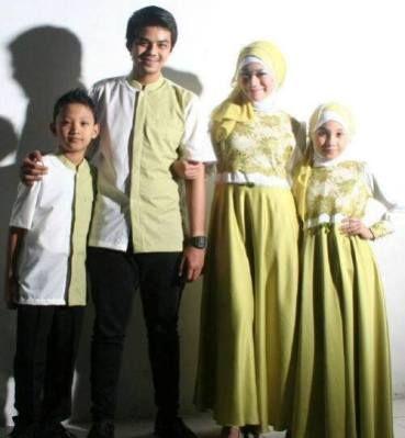 Model Baju Seragam Keluarga Untuk Lebaran 2020 Terbaru