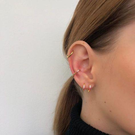 SOLID Gold U Shaped Open Hoops, gold hoop earrings, hammered gold hoops, u shape gold hoop earrings, large hoop earrings - Fine Jewelry Ideas Rook Piercing Jewelry, Ear Jewelry, Cartilage Earrings, Piercing Tattoo, Body Piercing, Cute Jewelry, Jewelry Accessories, Cartilage Piercings, Cartilage Piercing Hoop